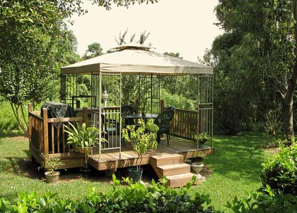 Gazebo da giardino: materiali e modelli